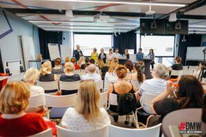 """Wieland Holfelder bei der Begrüßung im """"Isar Valley"""" von Google"""