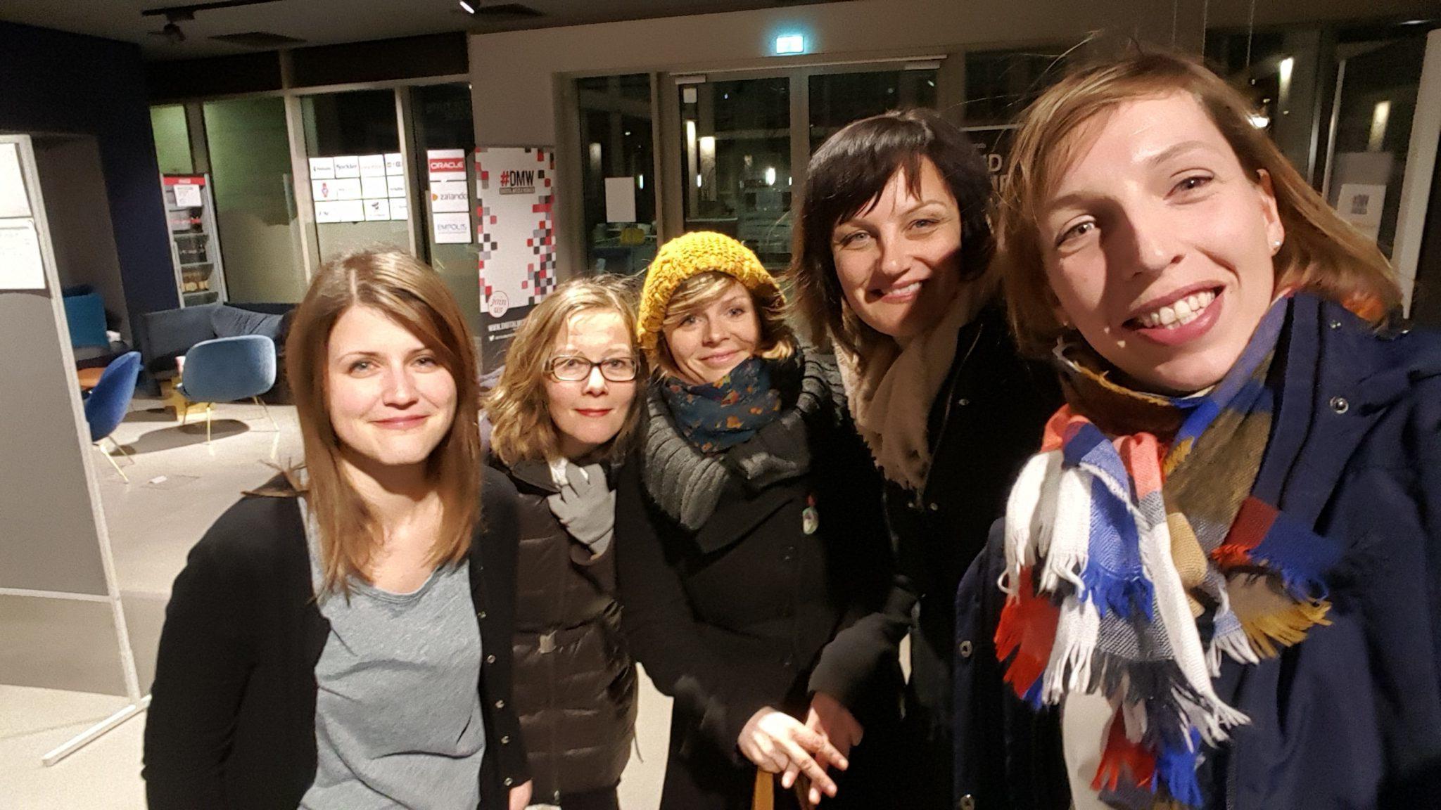 v.l. unsere Gastgeberin Jana Gelsok von Zalando, Christine Plass, Claire Zeidler, Sabine Kahlenberg, Bettina Thies