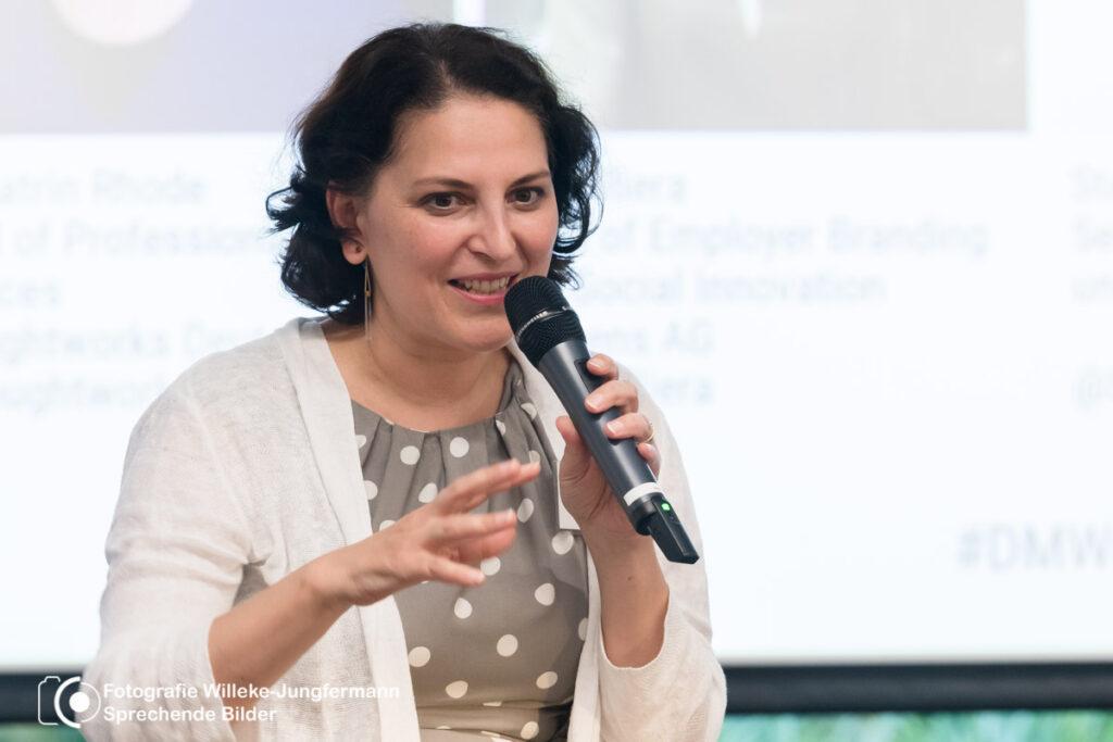 Rosa Riera hat bei Siemens jahrelang erfolgreiche Diversity-Maßnahmen umgesetzt